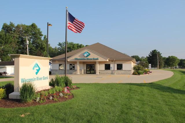 Wisconsin River Bank, Sauk location